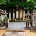 写真: 妙顕寺歴代墓所