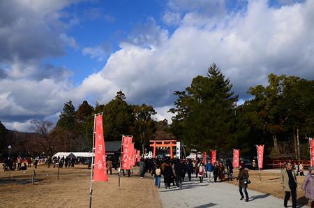 上賀茂神社の初詣風景