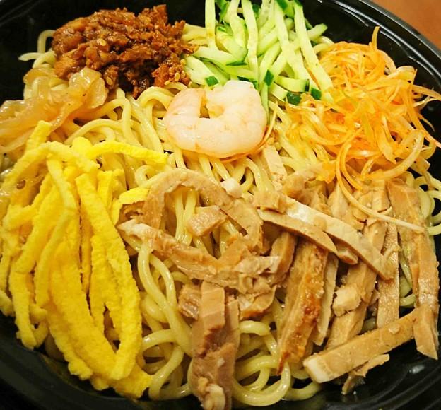 中華涼麺 ピリ辛ごまスープ