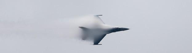 2017千歳基地航空祭 米軍アクロバットチームによるF-16アクロバット