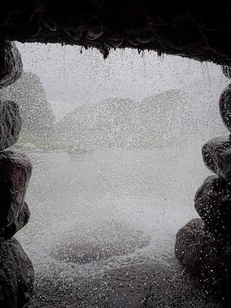 171002_山梨県北杜市・白州・尾白の森名水公園「べるが」_堰堤_G171002K7116_MZD12ZP_X8Ss