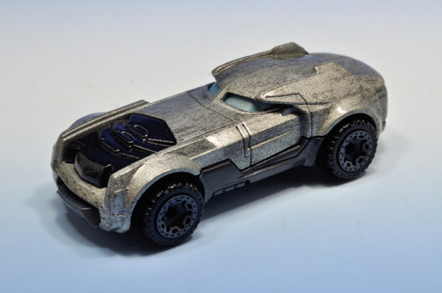 MATTEL_Hot Wheels Batman v Superman Dawn of Justice ARMORED BATMAN_001