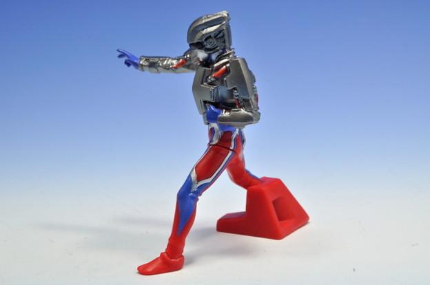 バンダイ_ウルトラマンDG 4 大怪獣バトル ウルトラ銀河伝説 THE MOVIE テクターギア・ゼロ_003
