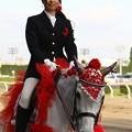 写真: 川崎競馬の誘導馬05月開催 カーネーションVer-120514-03-large