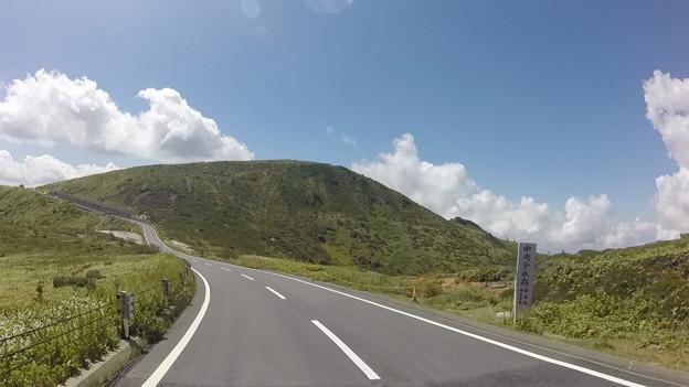写真: 天空への道 志賀高原