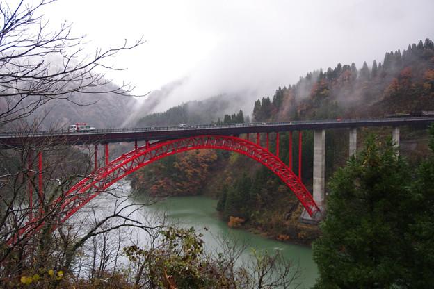 庄川利賀ダム橋 だいぶできたね