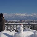 写真: 呉羽山展望台の雪だるま