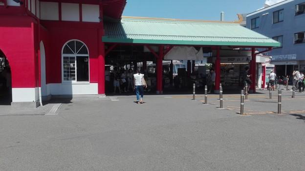 写真: ロマンスカー竜宮城に入線@片瀬江ノ島