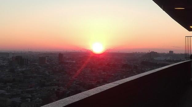写真: 初日の出2018(あけましておめでとうございます。)