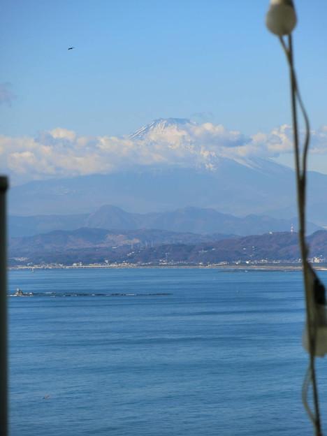 江ノ島シーキャンドルから富士山