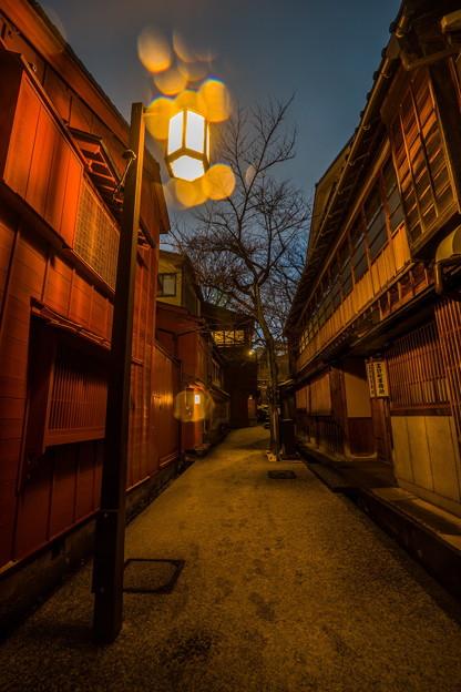 写真: 金沢 主計町茶屋街