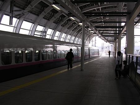 八戸駅新幹線ホーム1