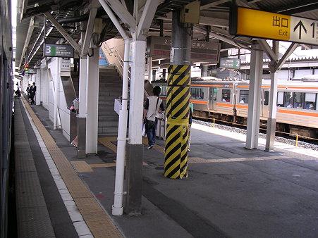 篠ノ井駅ホーム1
