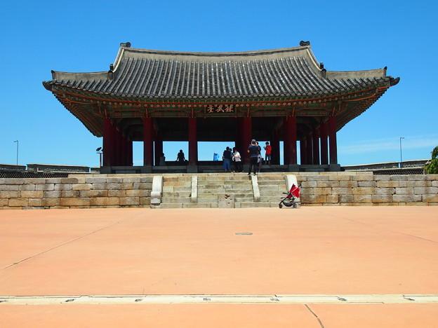 """東将台「錬武台」 -水原華城-/Dongjangdae""""Eastern Command Post -Hwaseong Fortress-"""
