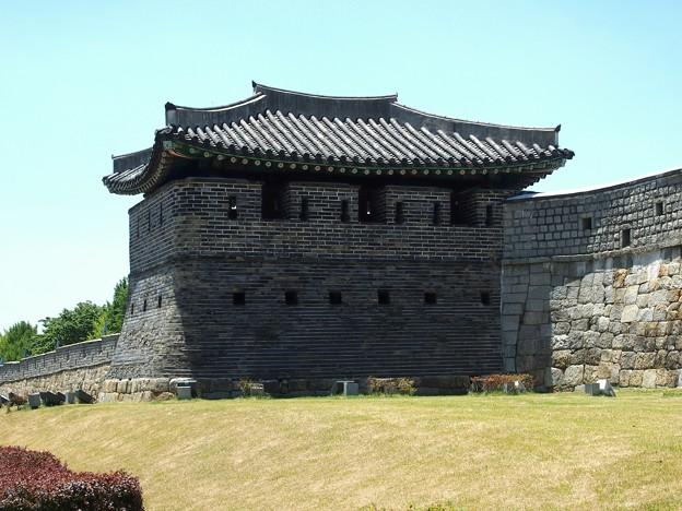 """東砲楼 -水原華城-/Dongporu""""Eastern Cannon Fort"""" -Hwaseong Fortress-"""