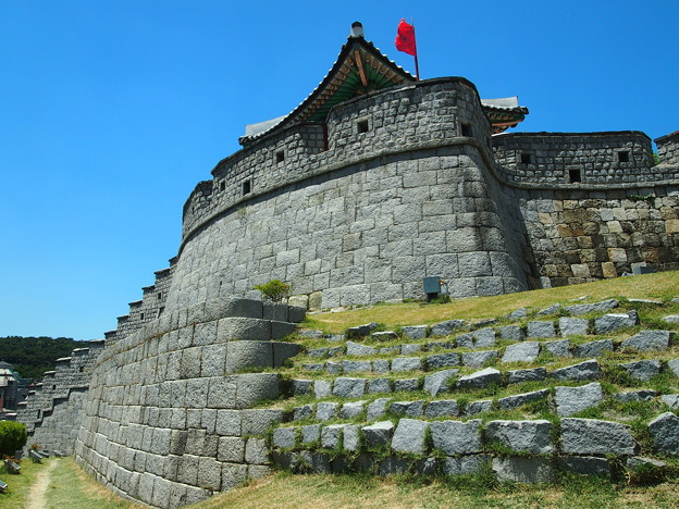 """東南角楼 -水原華城-/Dongnamgaknu""""Southeastern Pavilion"""" -Hwaseong Fortress-"""