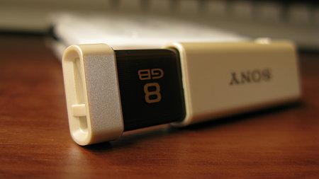 SONY USBメモリ USM8GLX(6/7)