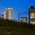写真: あおなみ線の線路越しに見た名駅ビル群 - 1