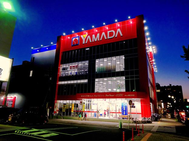 リニューアルオープン初日(17年4月28日)のヤマダ電機テックランドNEW春日井店(夜) - 4
