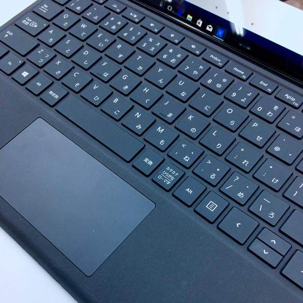 ヨドバシカメラ マルチメディア名古屋松坂屋店で先行展示されてた新しい「Surface Pro」 - 7