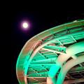 オアシス21と輝く満月 - 1