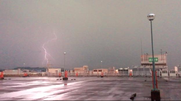 イオン小牧店屋上駐車場から撮影したスーパーセルの雷(2017年8月22日) - 46