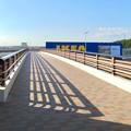 オープン1ヶ月前の「IKEA(イケア)長久手」 No - 7:公園西駅からお店前へと通じる歩道橋