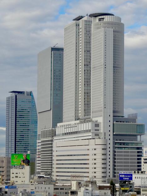 写真: グローバルゲートから見た名駅ビル群 - 17