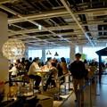 写真: オープン1ヶ月後でも大勢の人で賑わう「IKEA長久手」 - 69:2階にあるカフェ