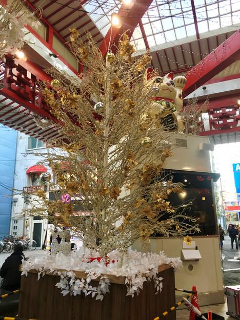 大須商店街:招き猫広場のクリスマスイルミネーション
