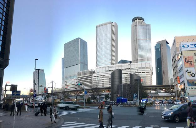 名古屋駅太閤口から見上げた名駅ビル群 - 1:パノラマ