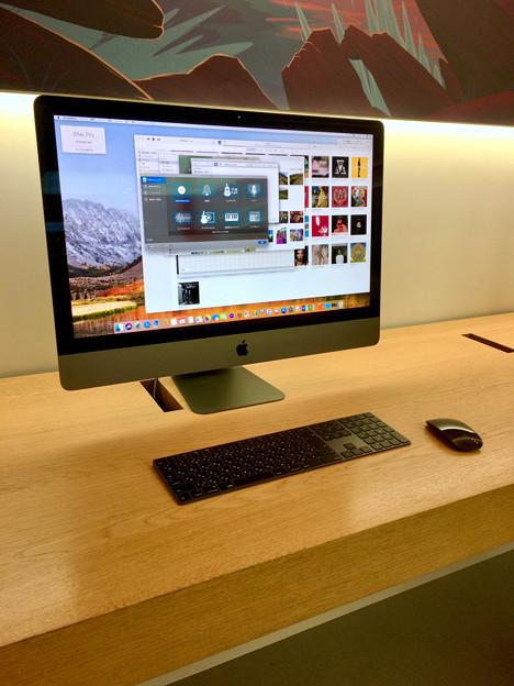 Appleストア名古屋栄に展示されてた「iMac Pro」 - 1