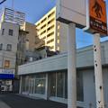 写真: 閉店してた犬山駅前のコンビニ