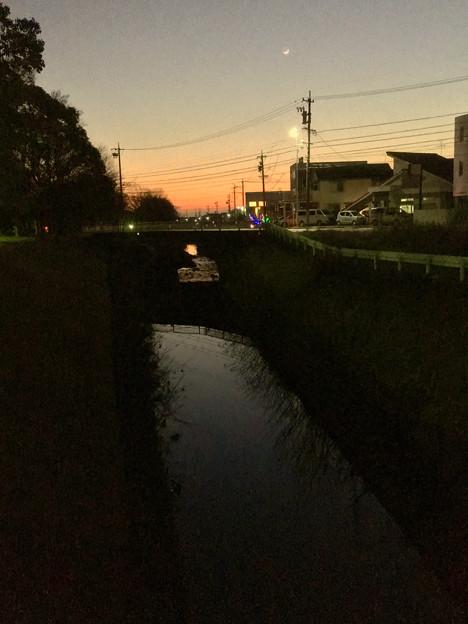 八田川沿いから見た夕焼け