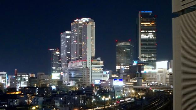 グローバルゲート最上階から撮影した夜の名駅ビル群 - 3