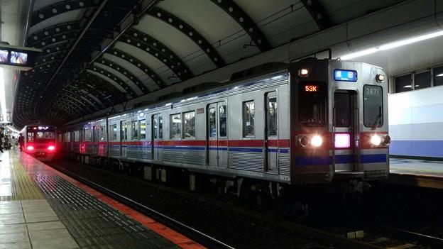 3678F 快速成田・3021F 普通上野
