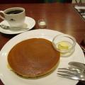写真: 珈琲館のこだわりホットケーキ