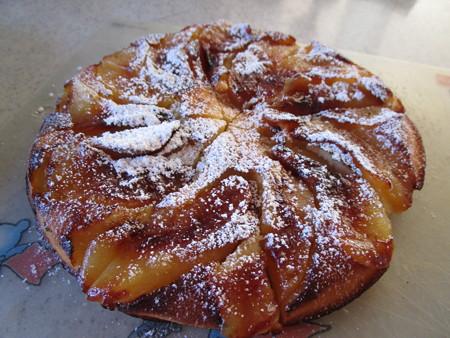 焼きリンゴのケーキ