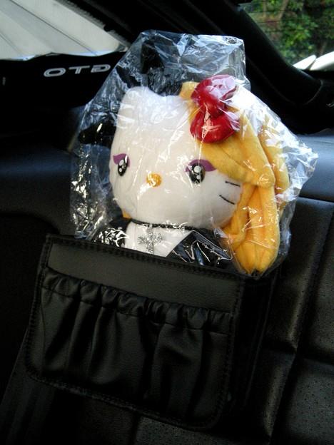 200908_yoshikitty who gets on GTO(2)