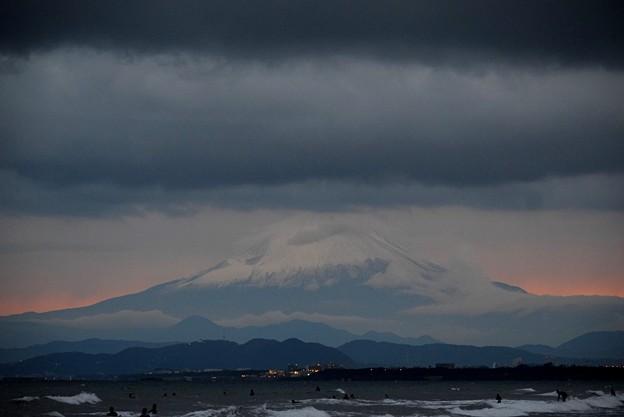 夕暮れの富士山 #湘南 #藤沢 #海 #波 #wave #surfing #富士山 #mtfuji #fujisan