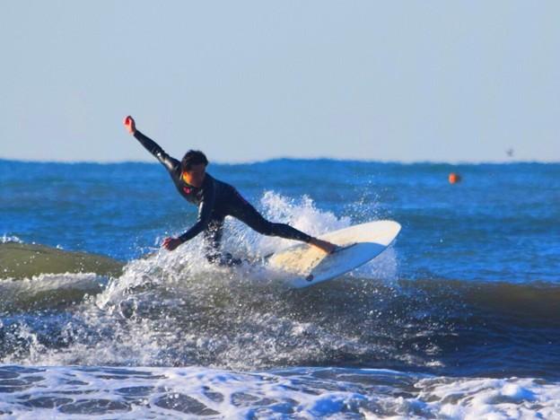 弱いオフショアの湘南・鵠沼海岸 #湘南 #藤沢 #海 #波 #wave #surfing