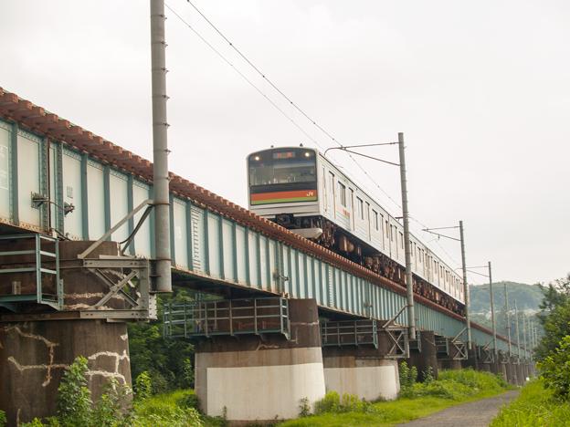 小宮-拝島間の多摩川鉄橋を渡る八高線