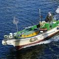 写真: 漁船