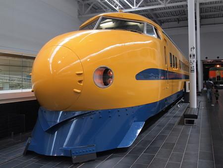 二代目ドクターイエローリニア鉄道館01