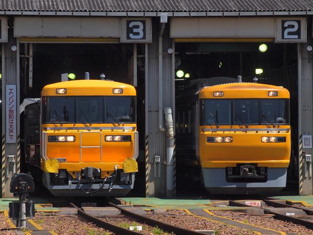 キヤ95とキヤ97 名古屋車両区02