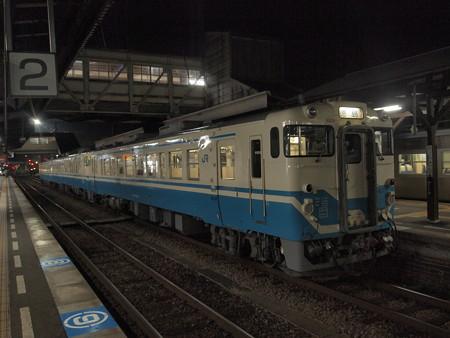 キハ40普通 高徳線徳島駅