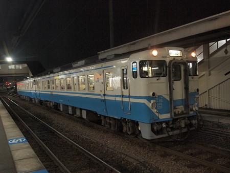 キハ40普通 牟岐線徳島駅01
