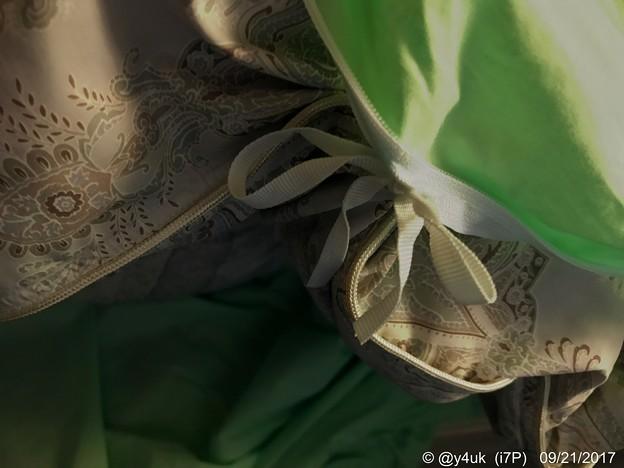 Photos: 蝶々結びで掛け布団カバー ~もう寒いから羽毛布団だしカバー購入
