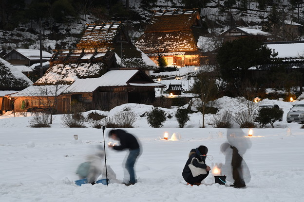 写真: かやぶきの里雪まつり