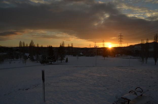 Photos: 初日の出と雪